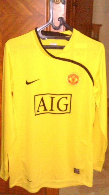 797ed8dac Terjual Original Manchester United Goalkeeper Jersey 08-09 BNWT