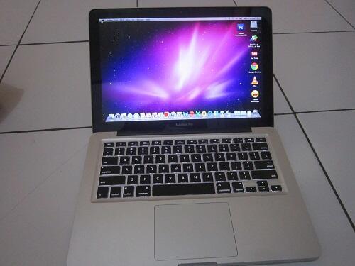 macbook pro 5.5 core2duo 2.26 ghz ( almunium body ) ajiiib