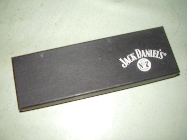 pulpen Hadiah Jack daniels ada lasernya