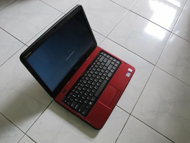 LAPTOP DELL INSPIRON N4050 ( INTEL B950, RAM 2GB, HDD 500GB )...TAWAR SESUKAMU GAN