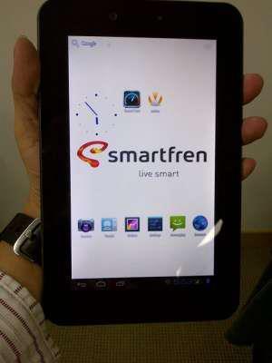 Smartfren Andro Tab+keyboard mulus 98% COD Bekasi 1,3jt Nego
