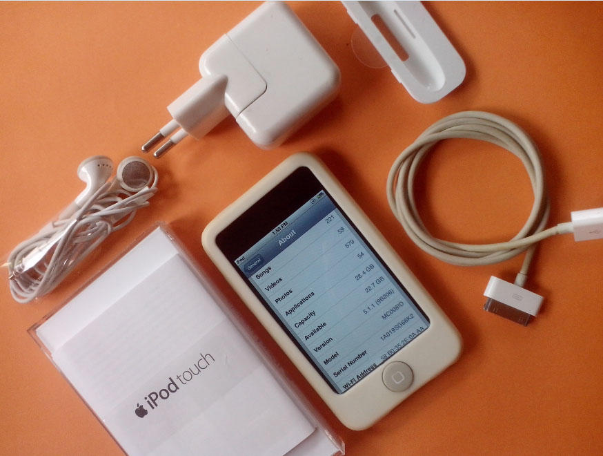 JUAL iPod Touch 3rd G 32Gb