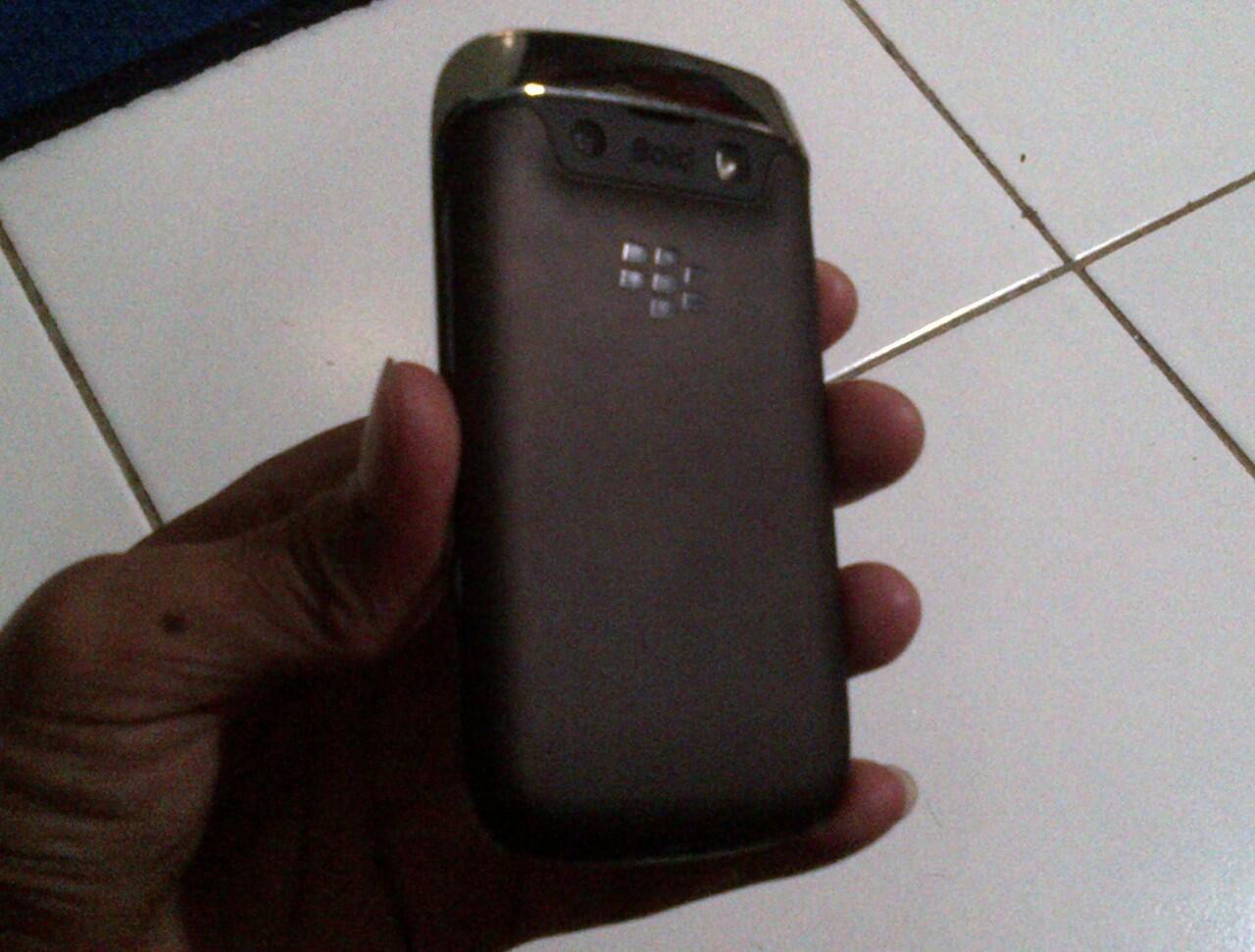 Jual Cepat blackberry 9790 bb bellagio a.k.a onyx 3 masih garansi tam