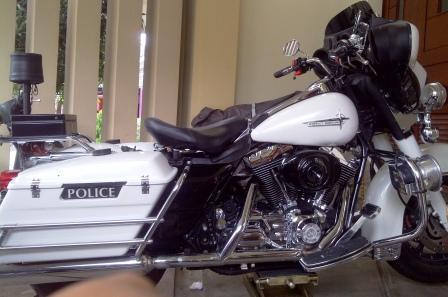 HARLEY-DAVIDSON ELECTRA POLICE