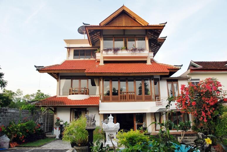 Terjual rumah vila cantik di kawasan elit Siligita Nusa ...