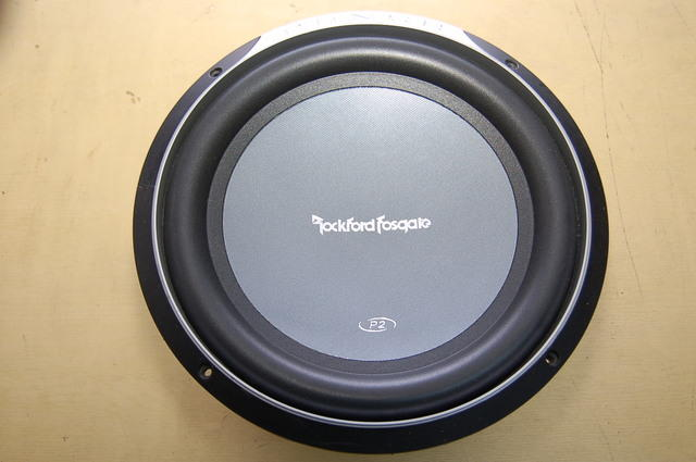WTS : Subwoofer Rockford Fosgate Punch P2D212