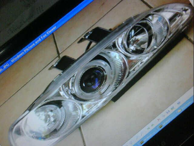 Terjual Lampu Depan Projector dan Lampu Belakang LED Mobil ...