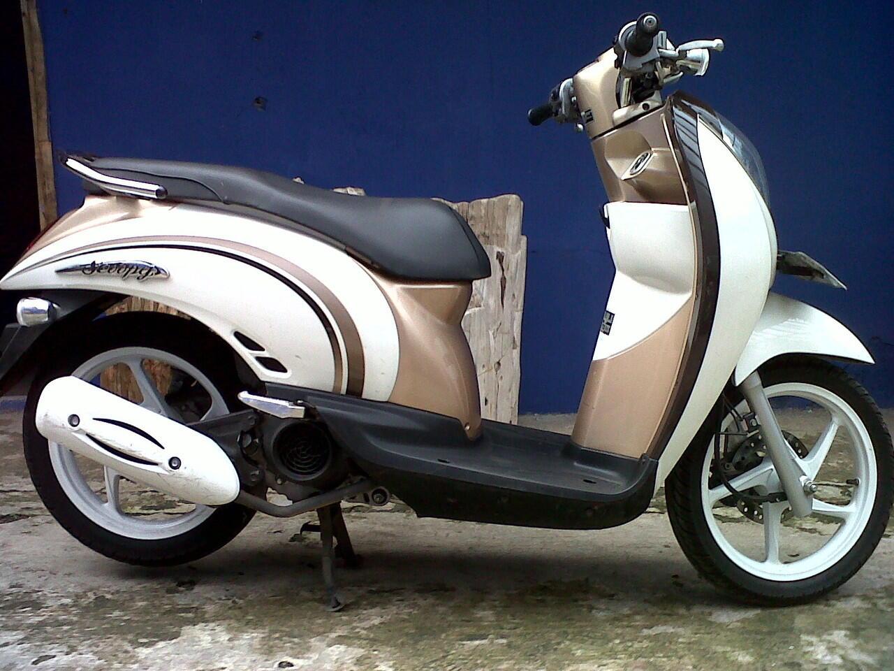 Honda Scoopy 2012