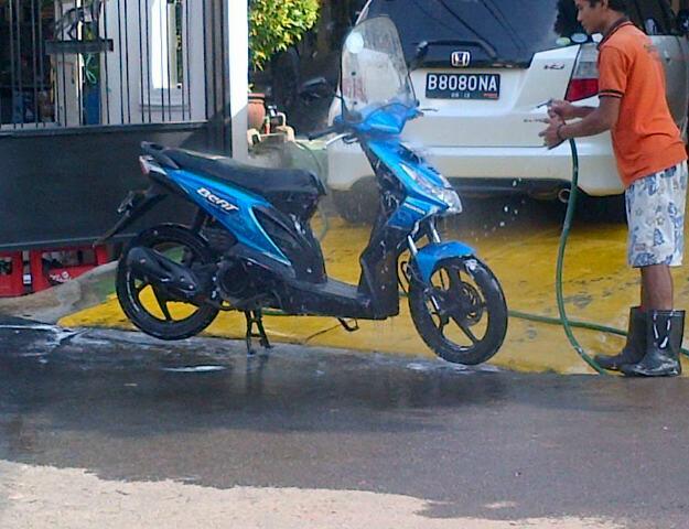 jual honda beat biru 2008