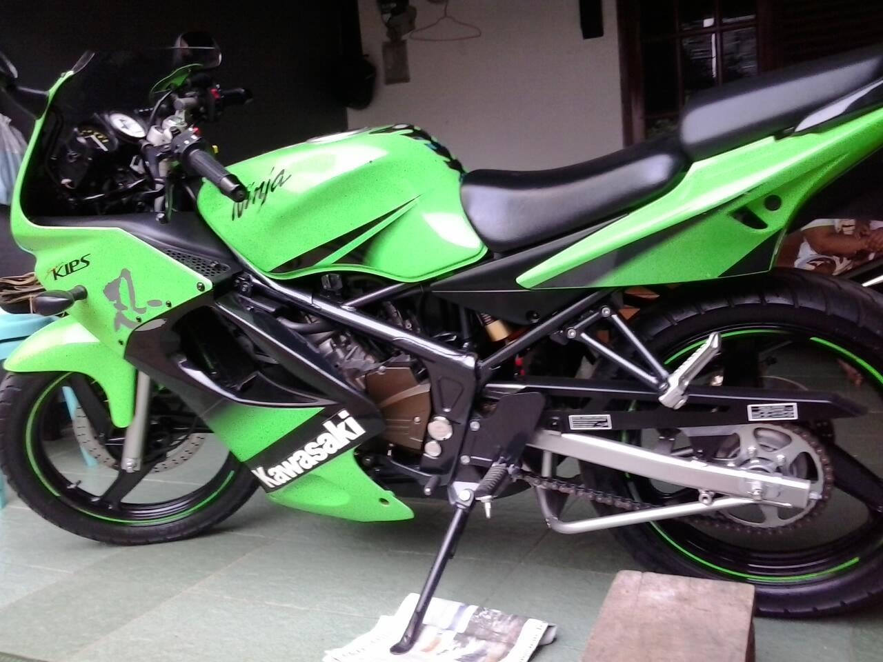 Kawasaki Ninja 150 KRR SE / Ninja 150 RR SE tahun 2011