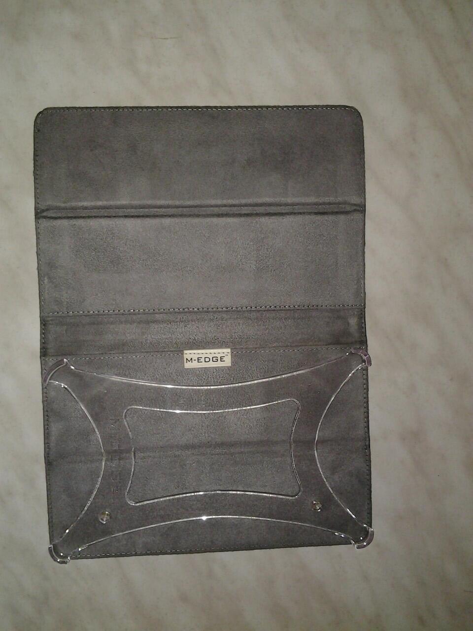Barnes & Noble NOOK Tablet™ 16GB Full Sets + Case M-Edge