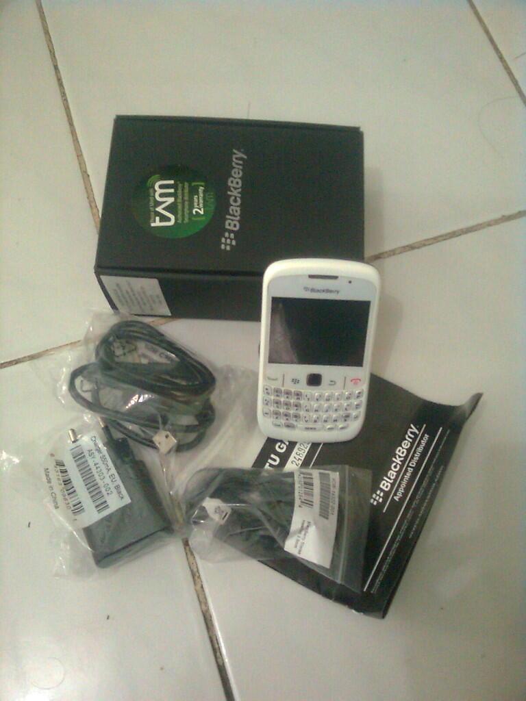 WTS Blackberry 8520 a.k.a Gemini Second, garansi masih panjang -+ 20 bulan (nego)