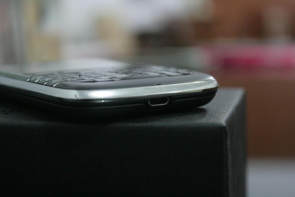 """WTS > Blackberry 9790 """"Bellagio"""" a.k.a Onyx 3"""