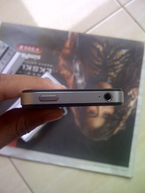 iPhone 4S 16 GB BLACK FU SUPER LIKE NEW COD SAMARINDA
