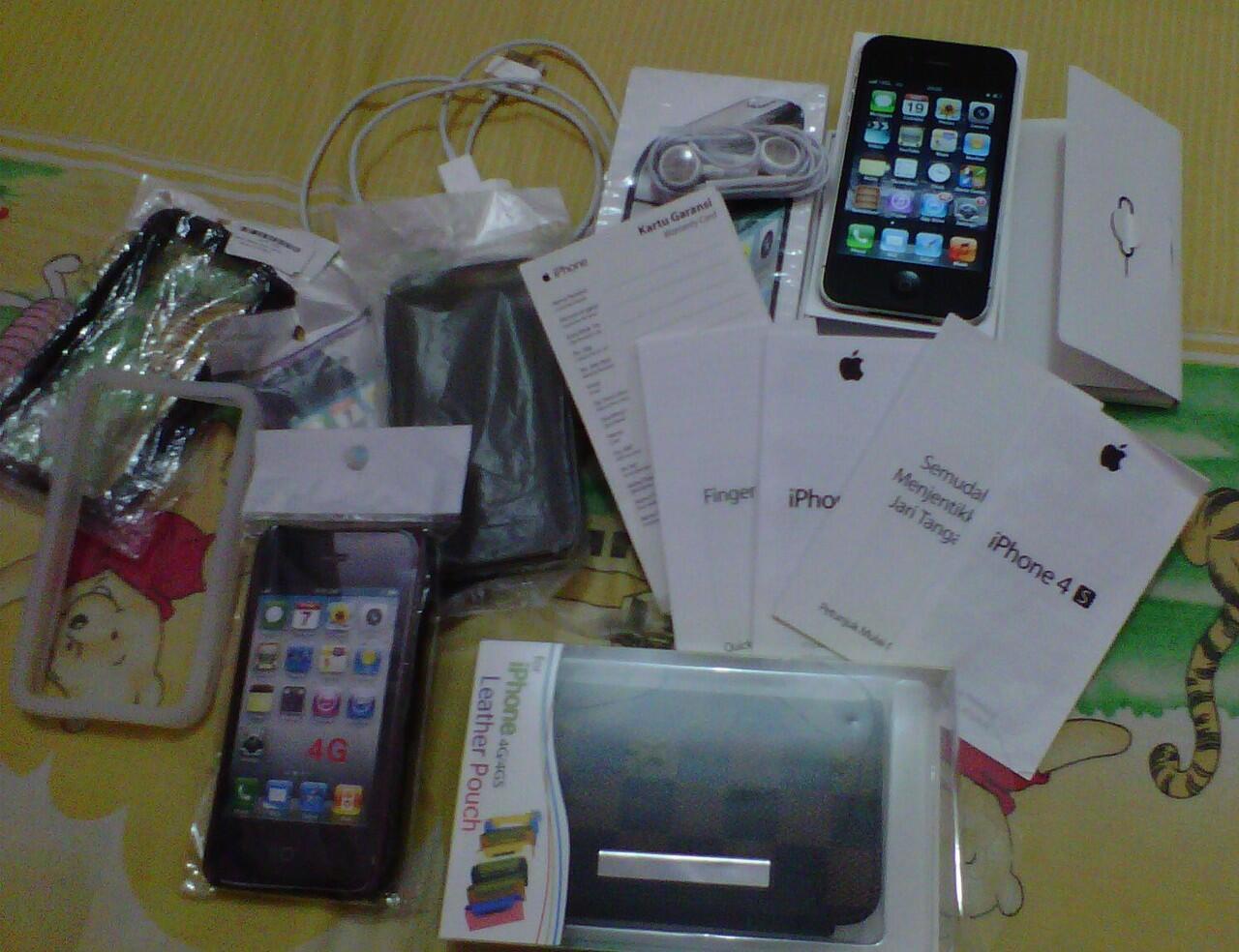 IPHONE 4S 16GB GARANSI RESMI 8BLN