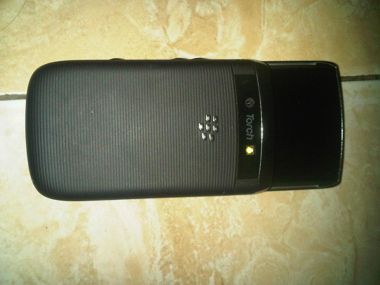 bb torch 9800 black garansi panjang