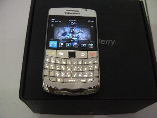 BLACKBERRY ONYX 1 WHITE