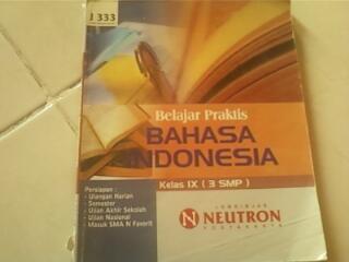 Buku Bahasa Indonesia (LBB Neutron) untuk kelas 9 SMP