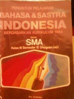Buku Bahasa Indonesia kelas 12 SMA (kurikulum 1984)