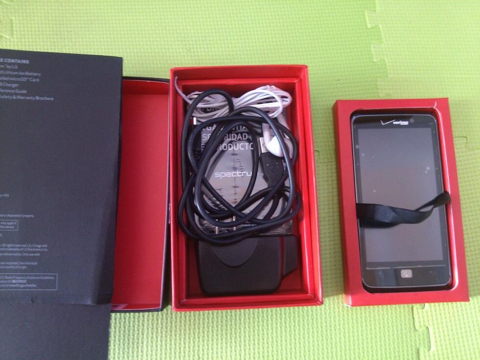 LG Spectrum VS920 4.5 inch, Dual Core 1.5Ghz, 8mpx, Fullset, Murah aja