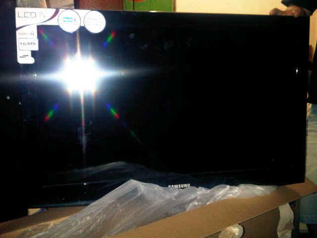 "TV LCD SAMSUNG (series 4) 32"""