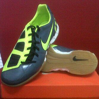 futsal shoes nike T90 shoot ic murmer