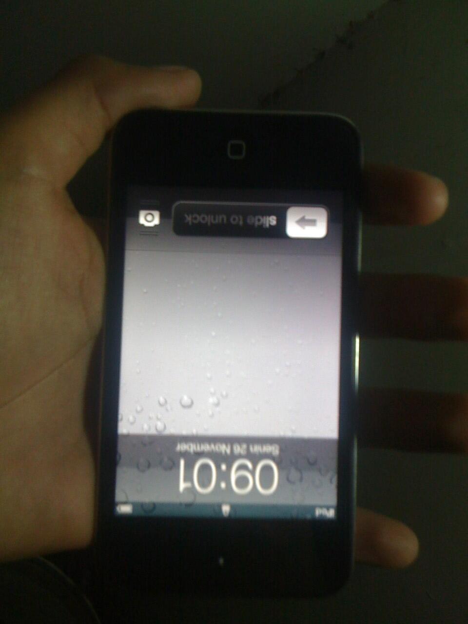 fs cepet ipod touch gen 4 8gb gress likeee new umur baru 2 bulanan