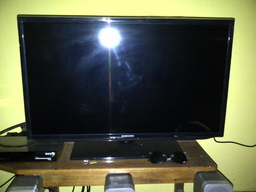 repost jual tv LED full hd 1080 samsung bisa buat setel semua format video SEMARANG