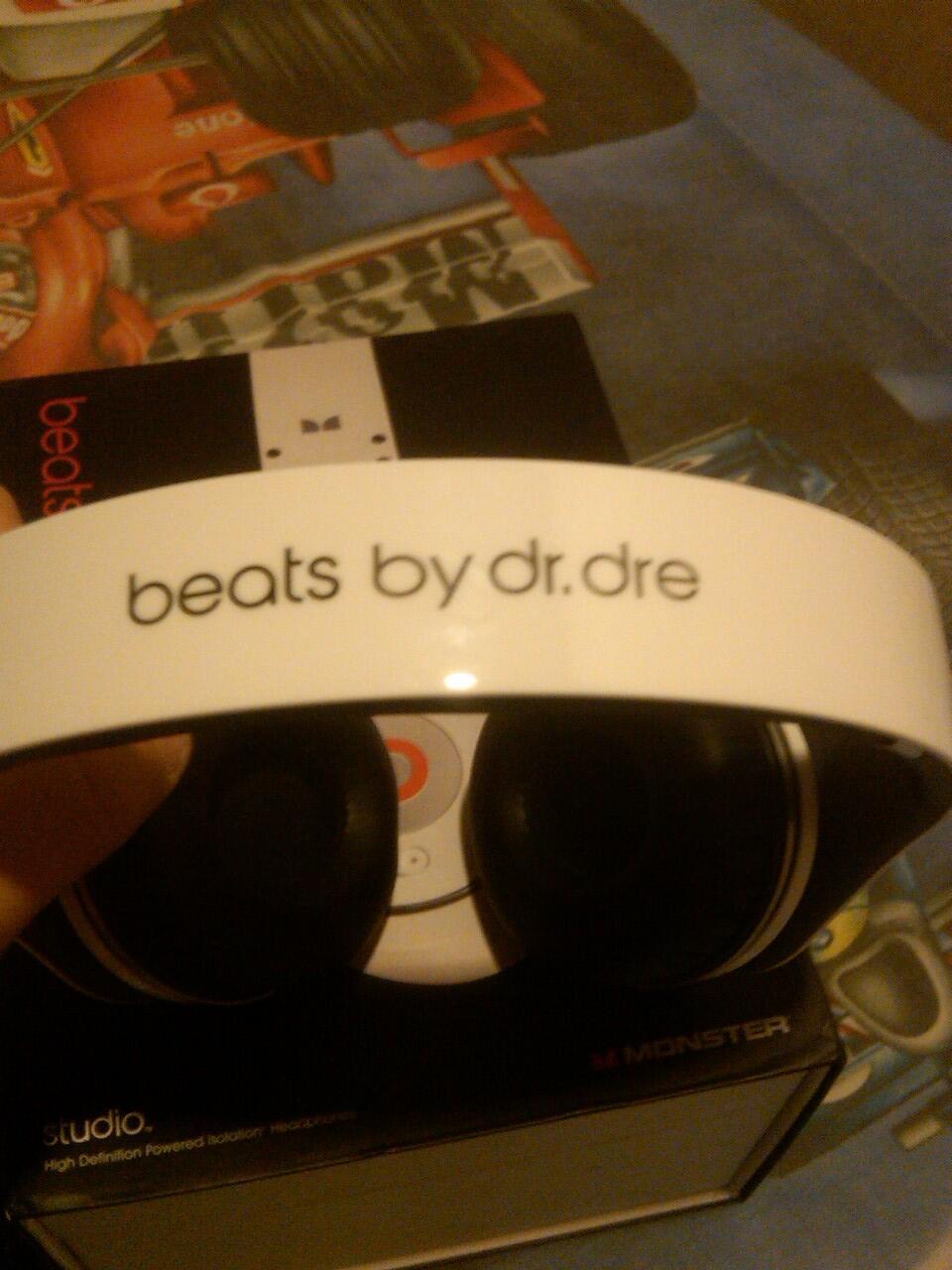WTS jual cepat headphone beats studio