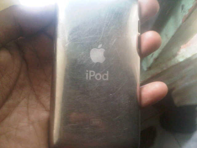 WTS Ipod 4th Gen 32GB black