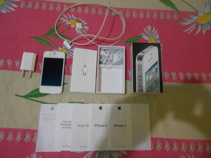 JUAL CEPAT iPhone 4 32GB white