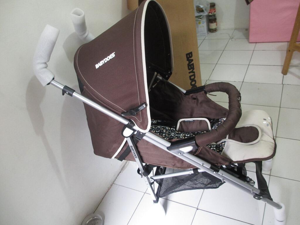 Jual AVENT Breast Pump Manual, Deluxe Summer Baby Bather, dan Stroller Babydoes Rapid