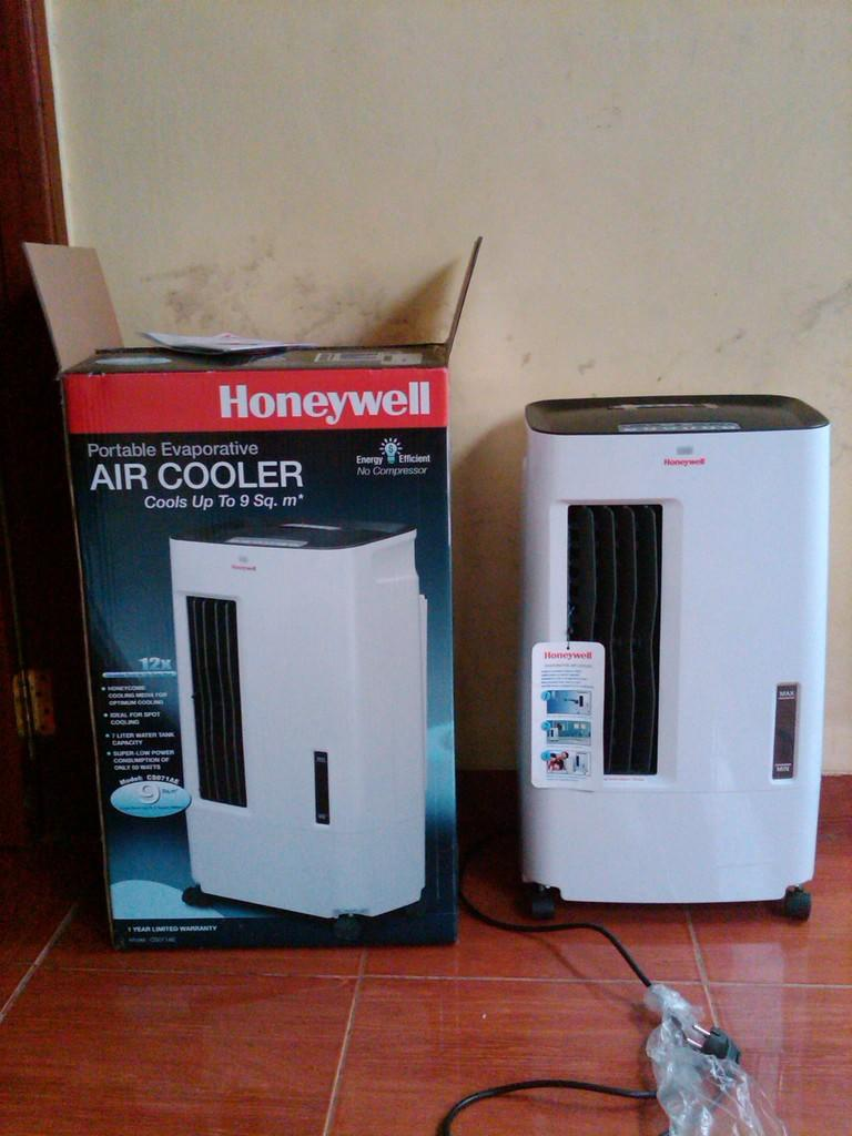jual air cooler merk honeywell muluuuusss..masih garansi setaon gan..