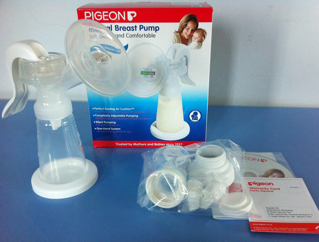 Breast Pump/ Pompa Asi Manual Pigeon