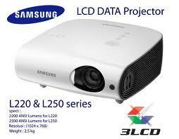 proyektor SAMSUNG L220 3LCD