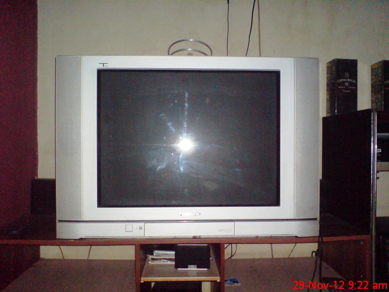 Panasonic TV 29inc TX-29PS72X