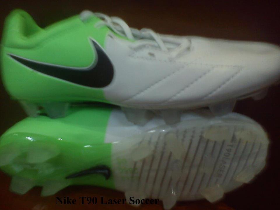 Terjual Jual Sepatu Futsal Original Adidas 5b47b82be7