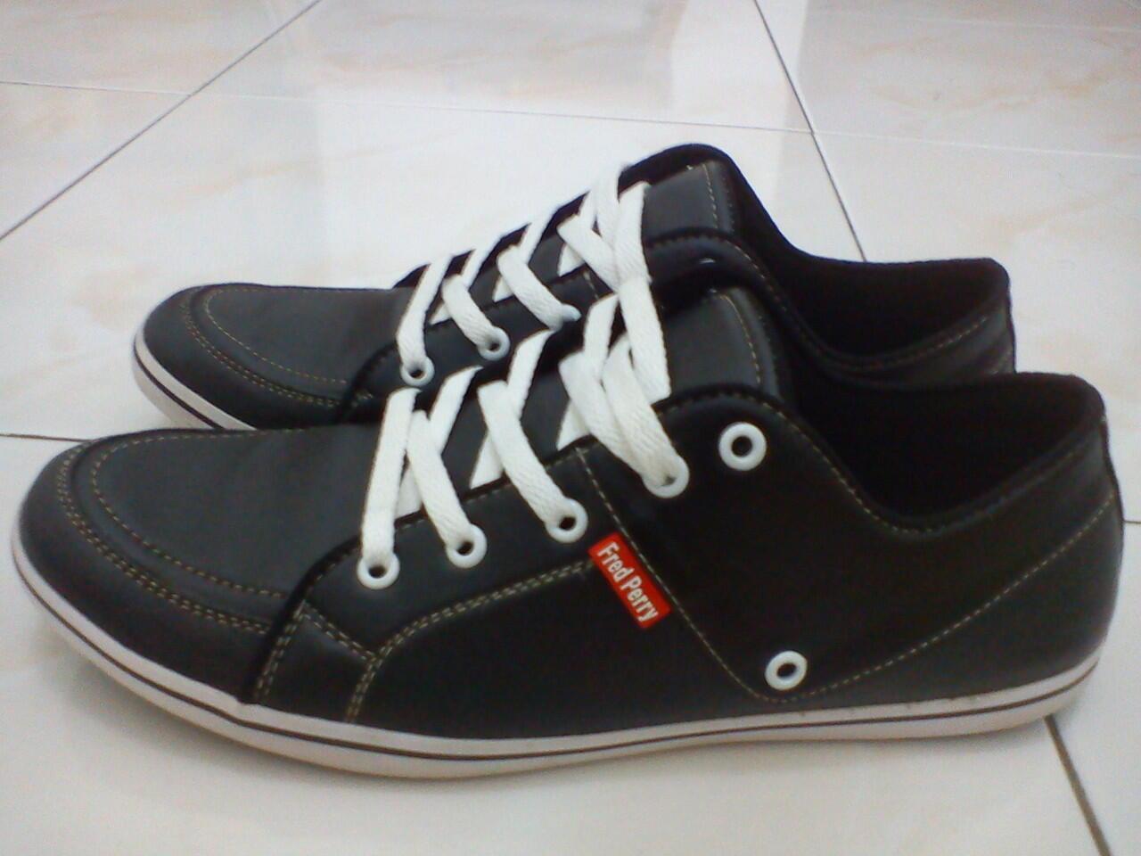 Sepatu FredPerry Cassual KW 120k