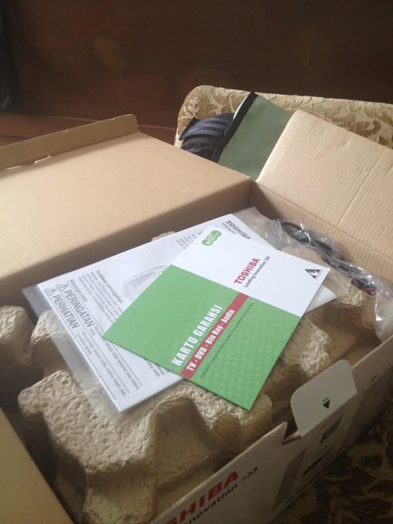 TOSHIBA Portable Audio BRAND NEW- MURAH - DPT DARI HADIAH