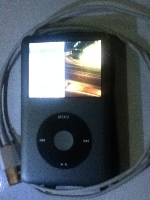 Jual ipod classic 120 giga + blackberry tour