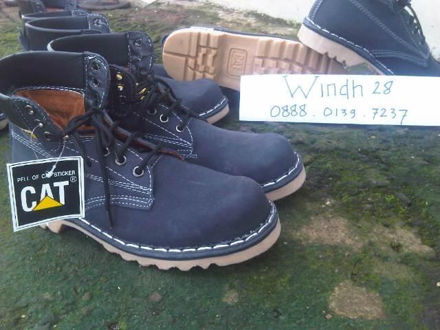 Sepatu boot Caterpillar   Caterboot murah gak sampe 200an gan ..Grab it fast ba3011ac73