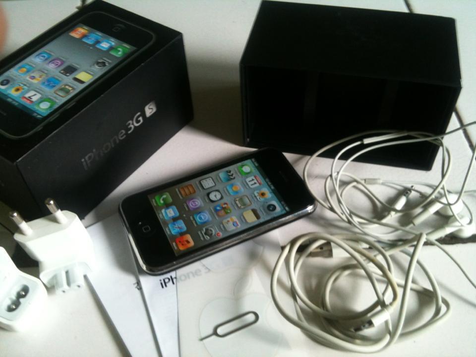 jual IPHONE 3Gs 16g