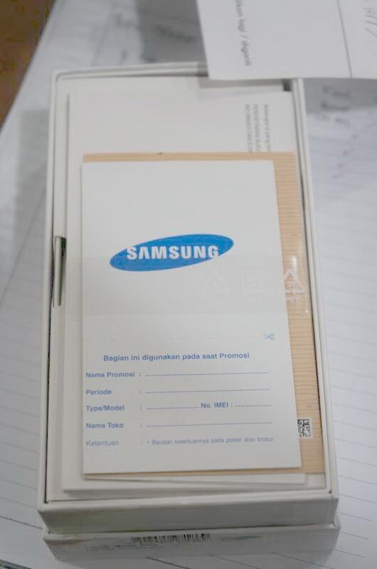 Samsung Galaxy Note2 N7100 White. Sangat Murah!