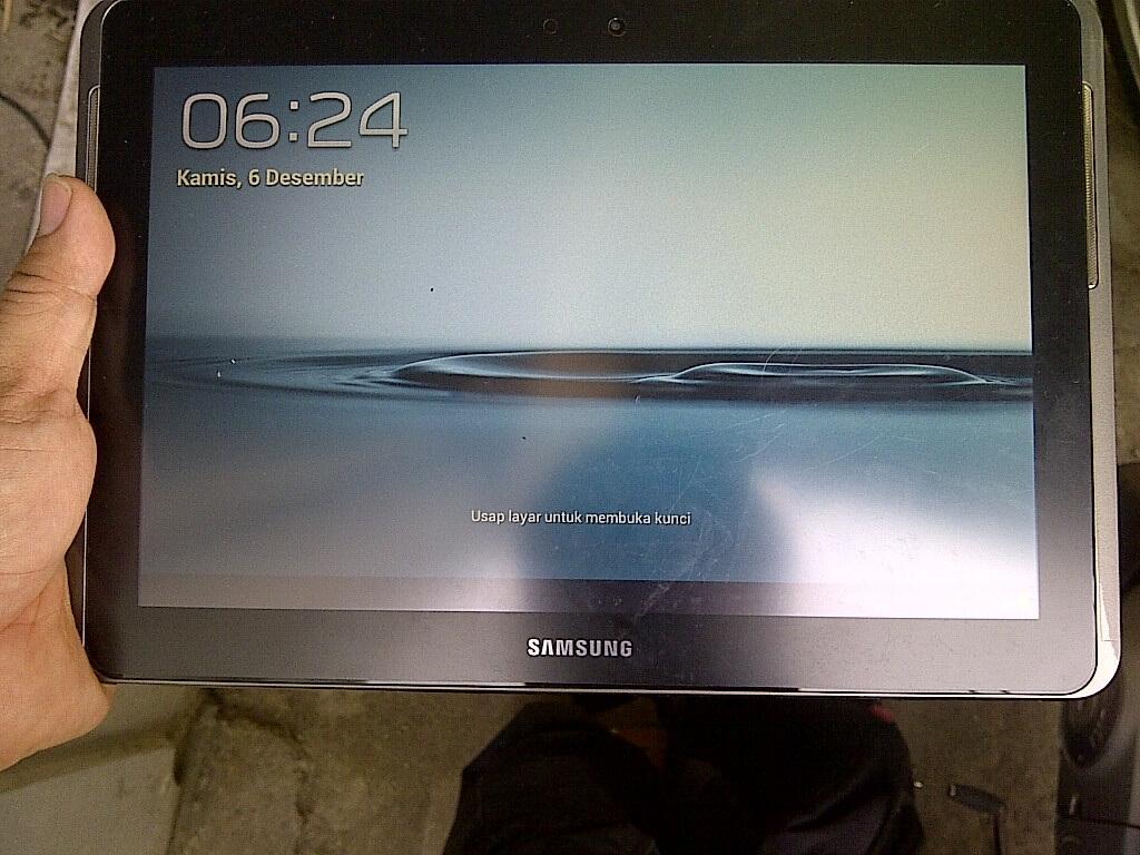 "Samsung Galaxy Tab 2 10.1"" GT-P5100 Silver. Sangat Murah!"