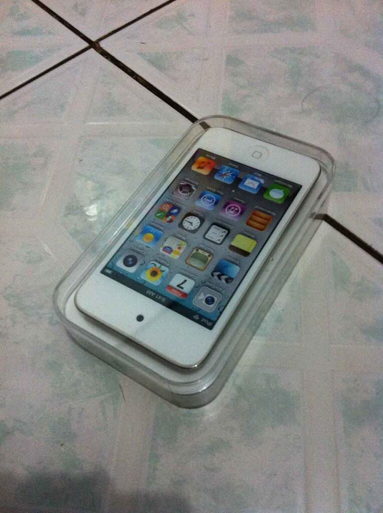 Ipod Touch / Ipod 4 Gen 64GB White Garansi Resmi IBOX Ter Murah ... Jakarta / Bandung