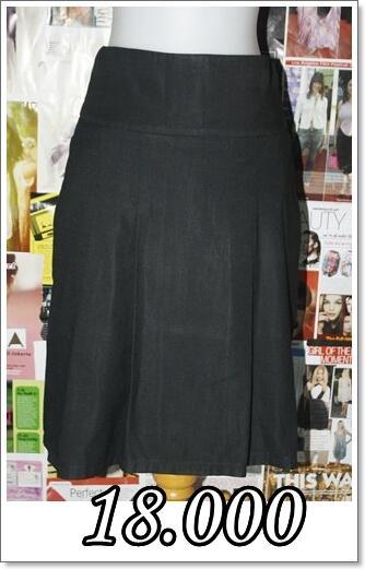 Murah Meriah Aneka Dress n Blezer Skirt Top & Sweather !!! ^_^
