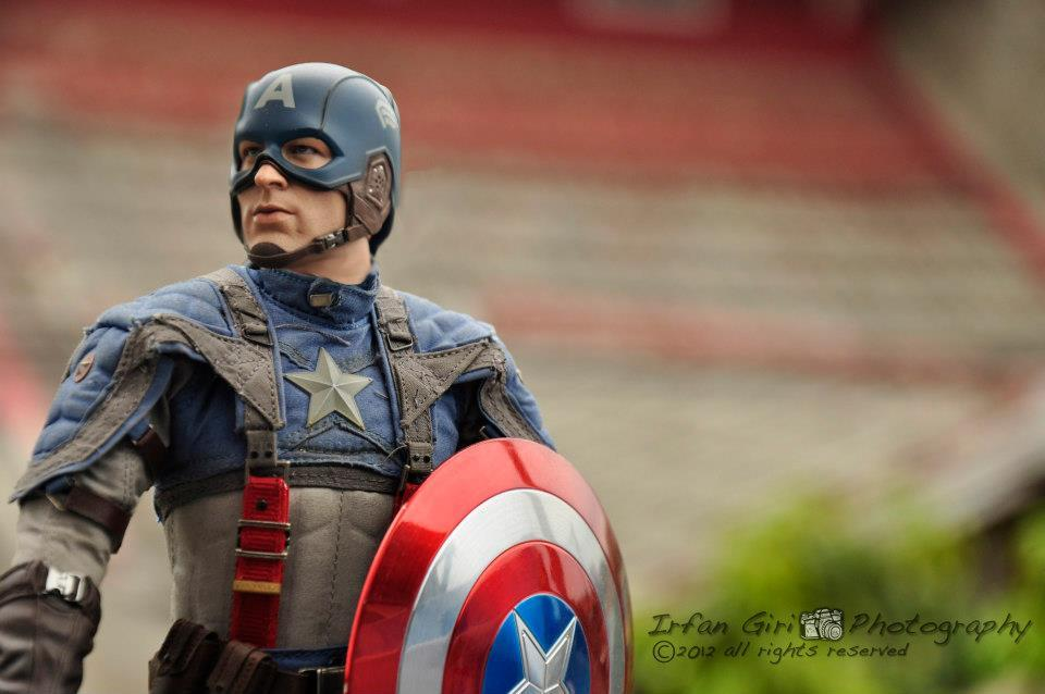 Hot Toys Captain America, Pirates of the Caribbean, cosbaby marvel (set), dll. Pensi