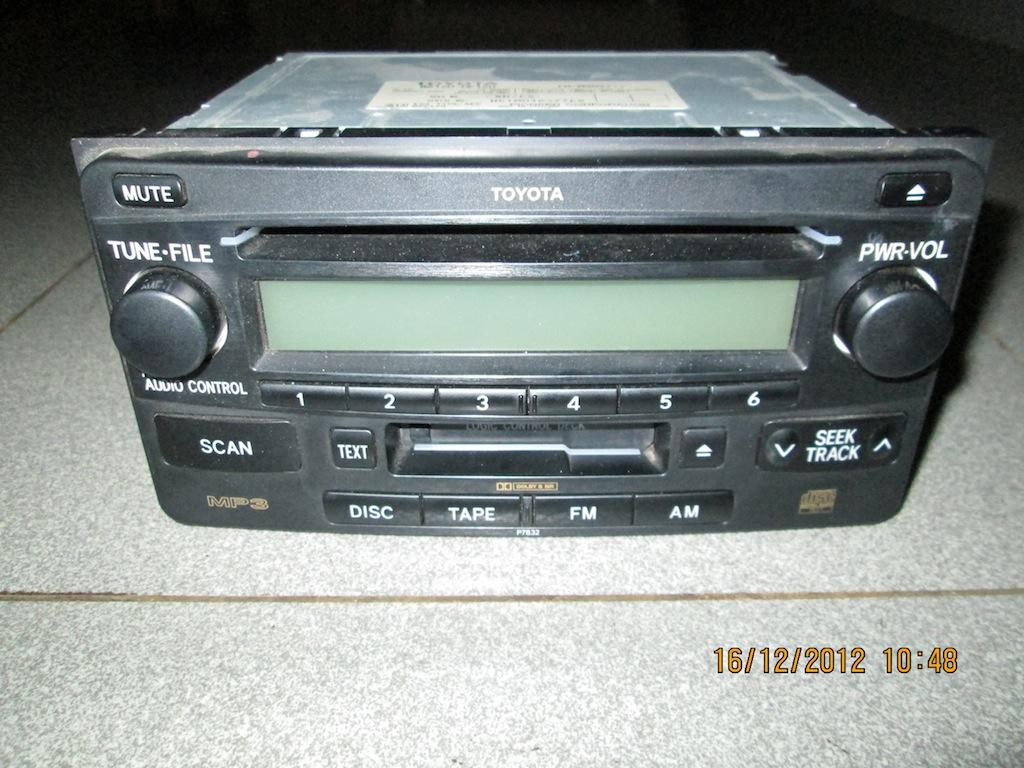 [WTS] Head Unit 2 Din CD+MP3 EOM Kijang Innova