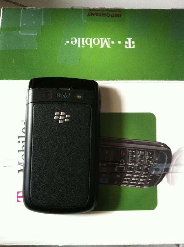 Blackberry Onix 2 9780 Delta 1,5jt semarang semarang semarang semarang