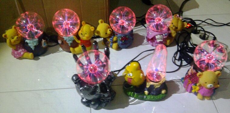 plasma lamp, lampu plasma karakter pooh, teddy bear, tangan tengkorak